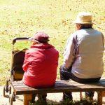 賃貸住宅へ住み続けることのリスクは高齢時の保証人。